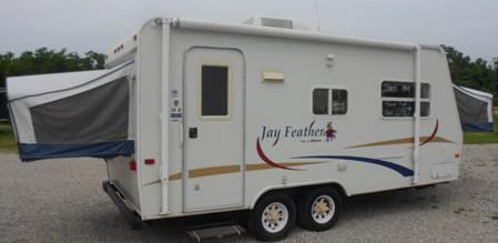 TRAVEL TRAILER AIR CONDITIONERS USED